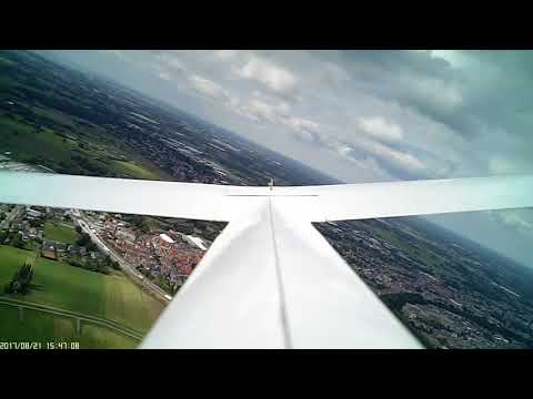 RC Ka8b turbulent flight in mild thermal activity