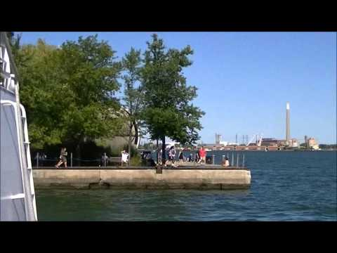 The UGLY TRUTH Exploring Toronto's harbourfront and lakeshore