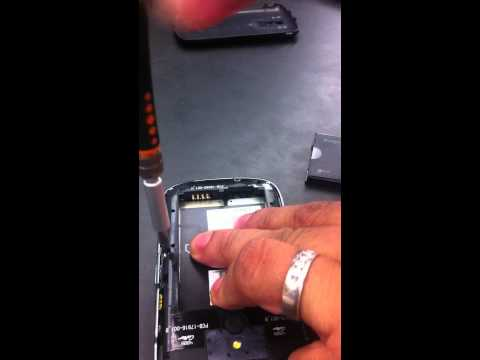 Removing keyboard from blackberry bold 9000