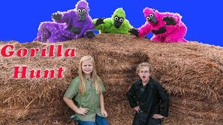 Assistant Must Find the Puppy Dog Pals Hidden by the Gorrilas in the Corn Maze