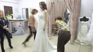 Реальная свадьба // Выбор свадебного платья