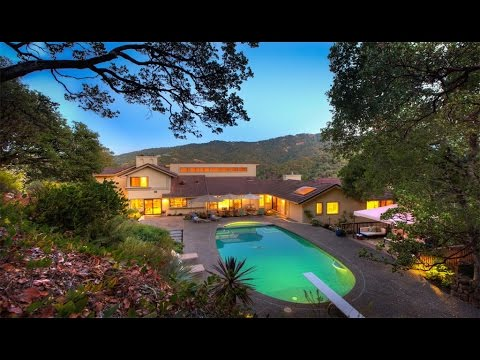 Private Hilltop Country Club Home in Novato, California