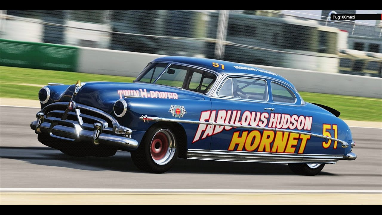 Hudson Hornet \'52 Old Rally - YouTube