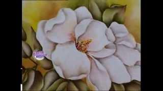 Alicia Monzón - Bienvenidas TV - Pinta sobre tela una Magnolia.