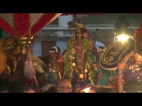 """Kanchi Varadarajan - Thoopul Sri Desikan Mangalasasanam  -"""" Piriya Vidai""""_Part 01_18m 50s"""
