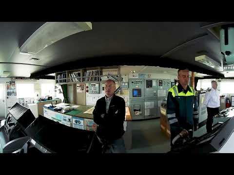 360° video. Bulk carrier Clipper Lis - Sailing in the archipelago