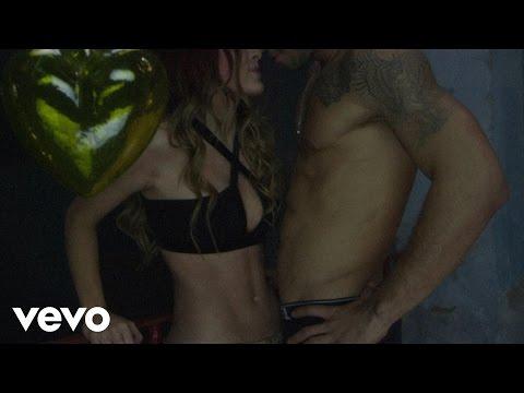 Belinda – En la Obscuridad (Trailer)