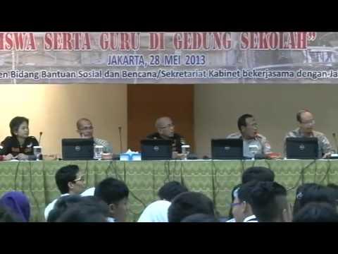 Diskusi Mitigasi Gempa untuk siswa siswi dan guru SMP