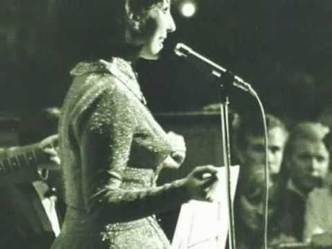 Alma Cogan ::::: Ticket To Ride.
