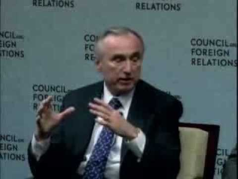 HSMI Board of Advisors Member William Bratton: Intelligence and Counter Radicalization CFR Panel