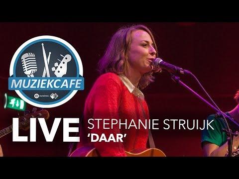 Stephanie Struijk - 'Daar' Live Bij Muziekcafé