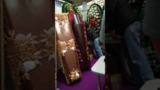 Смотреть видео Выставка ритуальной продукции.Москва ВДНХ. онлайн