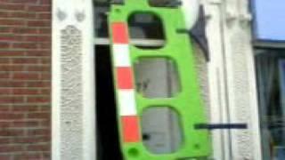 если забыл ключи от дома(Это случилось со мной в Англии. В городе Соусхемптон. На тот момент у меня не было ключей от квартиры которую..., 2010-11-30T05:02:43.000Z)