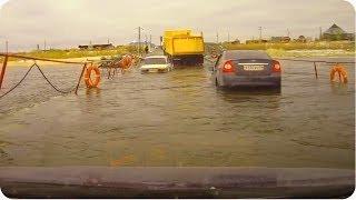 Biggest Assh*le Truck Driver | Cars Flood on Bridge