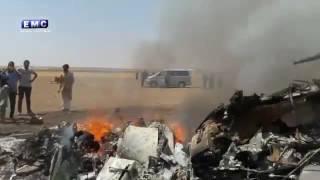 """بالفيديو.. """"الثوار"""" يسقطون طائرة روسية وماذا فعلوا بجثة"""