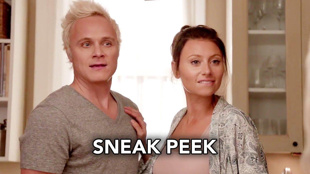 """Download iZombie 3x06 Sneak Peek """"Some Like It Hot Mess"""" (HD) Season 3 Episode 6 Sneak Peek"""
