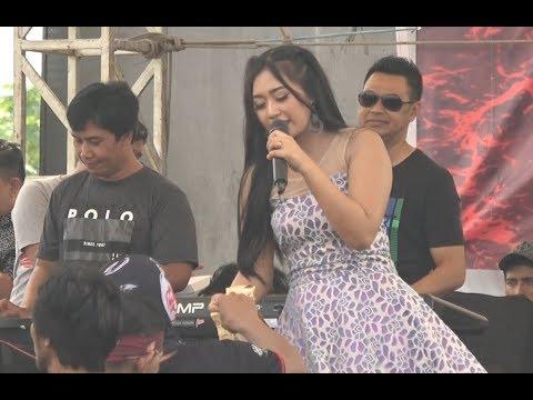 Yeyen Vivia - Konco Turu - OM Monata LIVE Pemalang 2018