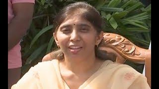 స్పందించిన వైఎస్ వివేకా కూతురు సునీతా రెడ్డి...YS Vivekananda Reddy Daughter YS Sunitha Press Meet