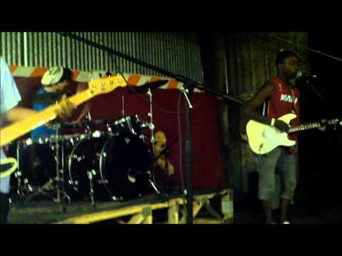 Wild Kingdom-Jamming live