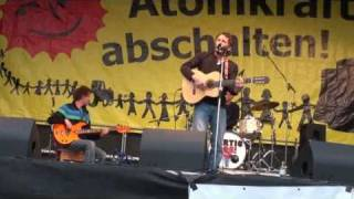 Hans Söllner - Kleines Lied vom Frieden - Anti Atomkraft Kundgebung Stuttgart 12.03.2011 (Teil 4)