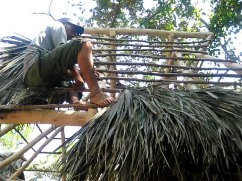 Thatching A Roof With Palm Fronds Youtube