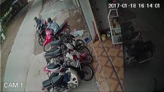 Trộm cắp xe máy tại cổng trường cấp 3 Mỹ Đức B ngày 18 01 2017 BKS 29 Y1   284 60