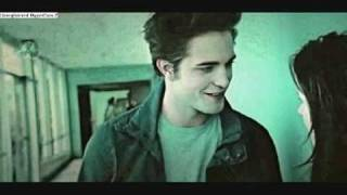 Play Video 'Edward and Bella (Twilight) - My Life Would Suck Without You'