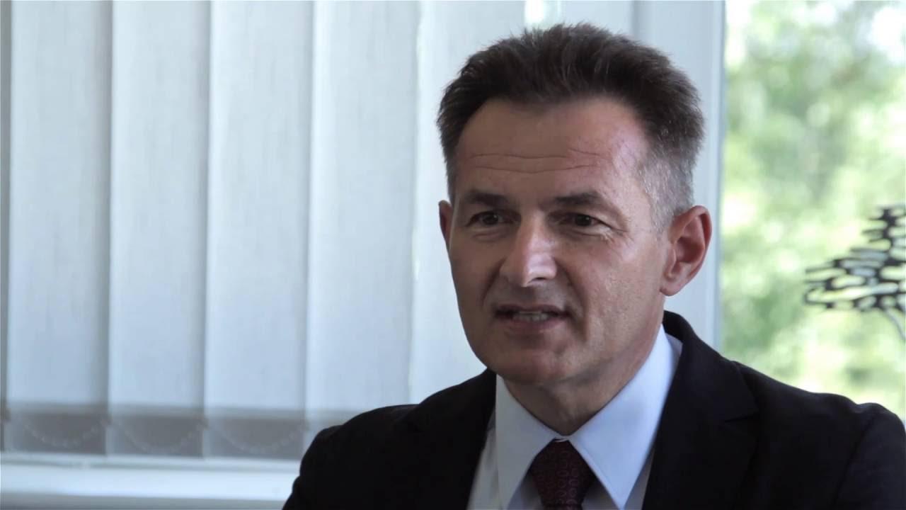 Wywiad z Tadeuszem Wawrowskim - Prezesem Uzin Polska Produkty Budowlane Sp. z o.o. - YouTube