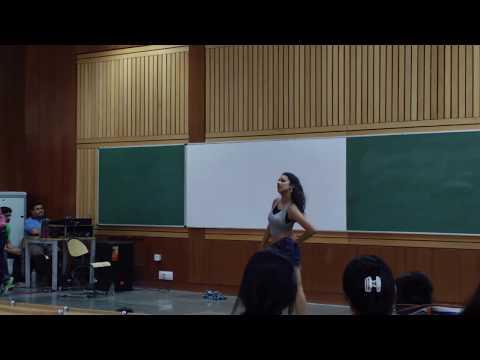 Outstanding Dance performance@IIT Delhi