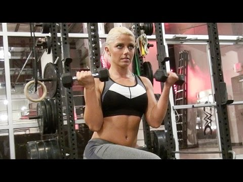 Alexa Bliss covers Muscle & Fitness Hers