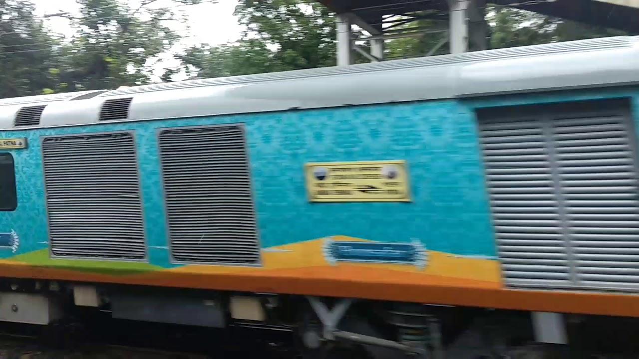 First Regular Of Bandra Terminus -Patna Humsafar Express Passing Through  Palghar At Superb Speed!!