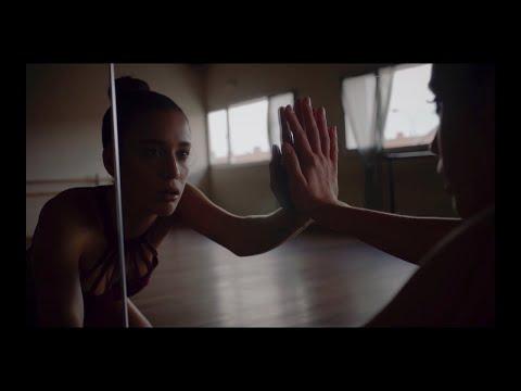 Alice Wonder - 'Que Se Joda Todo Lo Demás' (Official Video)