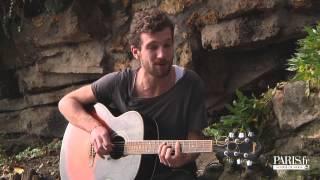 Dans les jardins de Montmartre Igit chante Courir pour Pousse le son