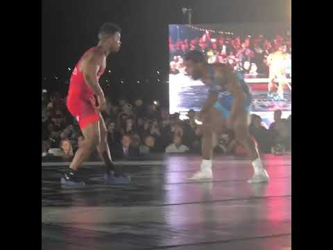 Jordan Burroughs Defeats Frank Chamizo at Beat the Streets