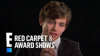 Kiernan Shipka & Ross Lynch Talk Characters' Relationship | E! Red Carpet & Award Shows