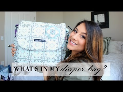 What's In My Diaper Bag? + Petunia Pickle Bottom Review // Justine