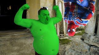 Hulk VS Spider-Man