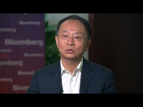 China Grocery Tycoon Weighs Twin IPOs, Market Consolidation