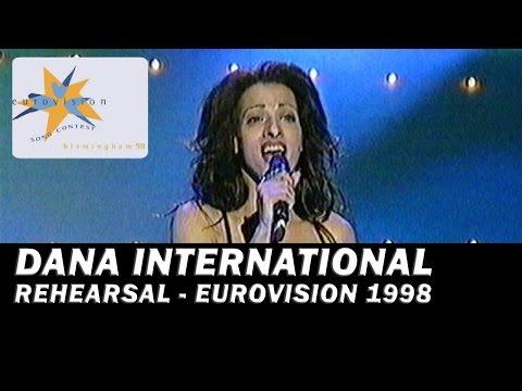 דנה אינטרנשיונל בחזרות Dana International's rehearsals at Eurovision 1998 with subtitles