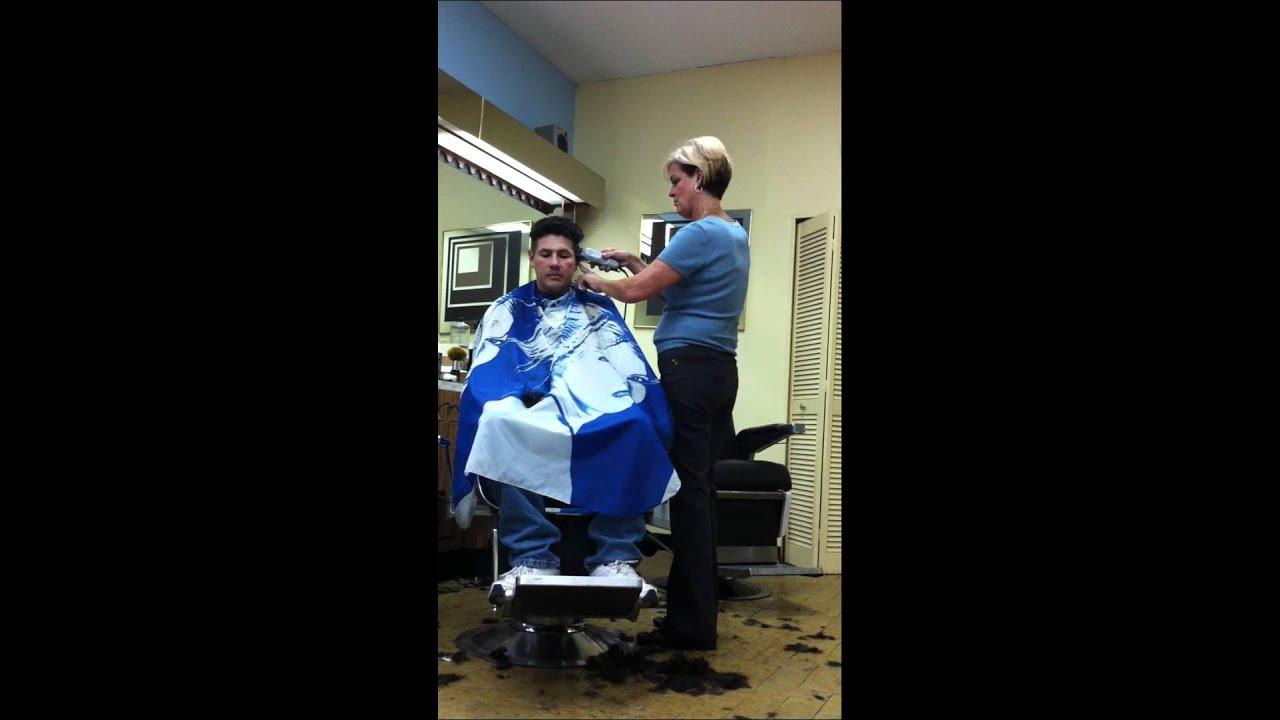 Montreal Shopping Center Barbershop Sept 11 Th 2011 Latino