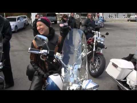 Female Bikers on the Road in Virginia, USA (Vlog)
