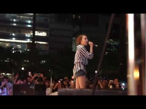 20120818 Younha (윤하) Live in Toronto Complete [Fanedit]
