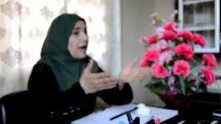 شاهد حرة من كفرزيتا تطلق حمله لوقف الانحطاط الاخلافي لدى النساء في ظل الربيع العربي