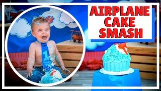 AIRPLANE CAKE SMASH