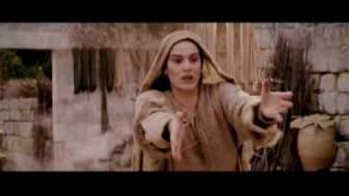 Cuarta estación: Jesús encuentra a su Madre