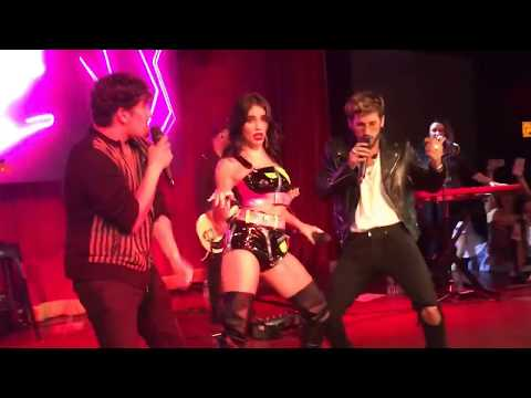 Lali y Mau & Ricky - Mi Mala Remix en Vivo ( Miami)