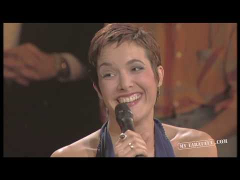 Interview with Danielle Brisebois and Gipsy Kings (1995) HD