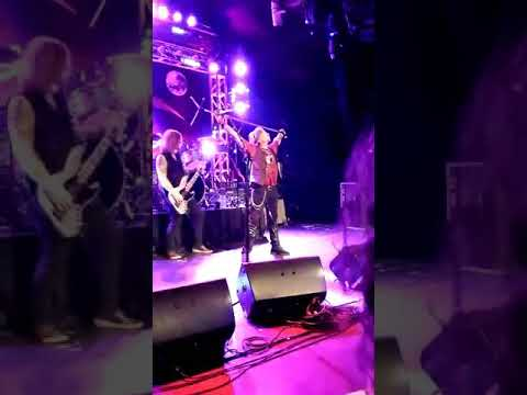 Jack Russell's Great White - 12/02/17 - The Canyon Club