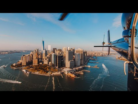 Helicopter Tour Over Manhattan, New York City