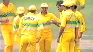 *FIRST FINAL* 1990 Australia v  Pakistan @ MCG (Benson & Hedges World Series Cup Cricket)